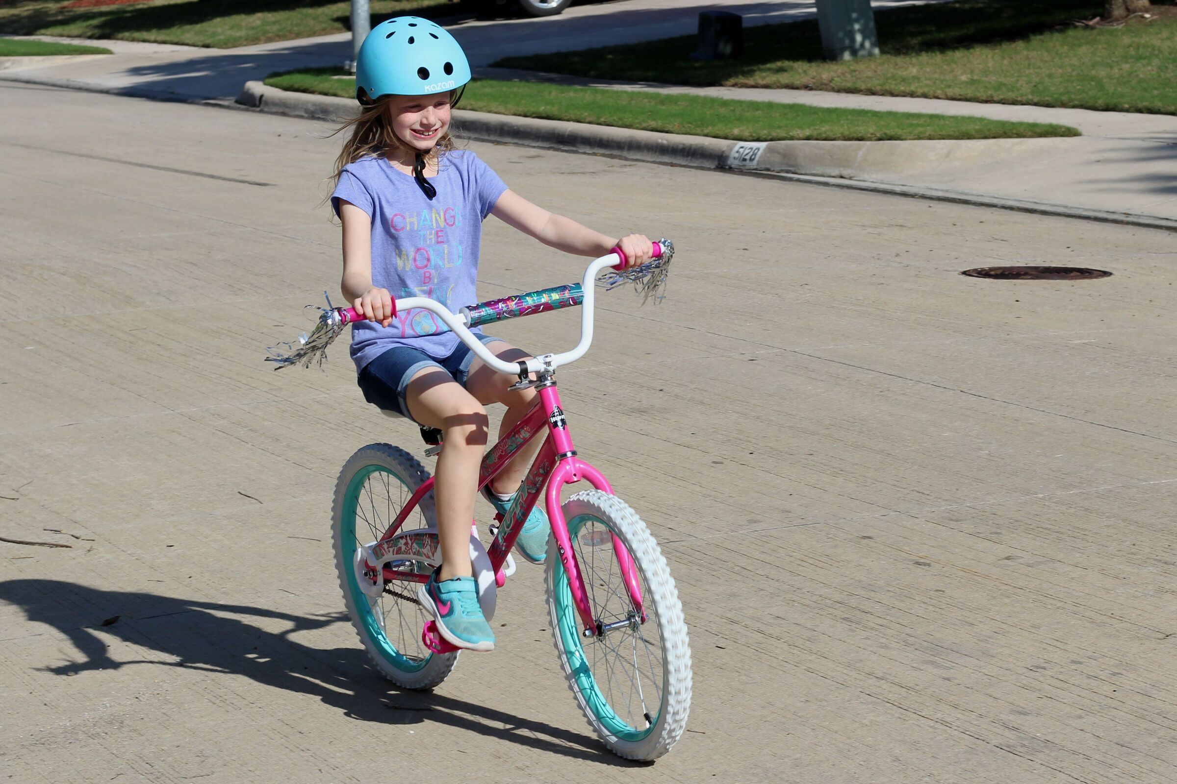 Dynacraft Magna Sapphire Girl's Bike Review - Two Wheeling Tots