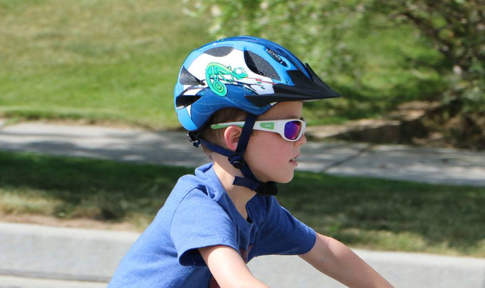 Uvex Hero bike helmet on 5 year old riding a bike