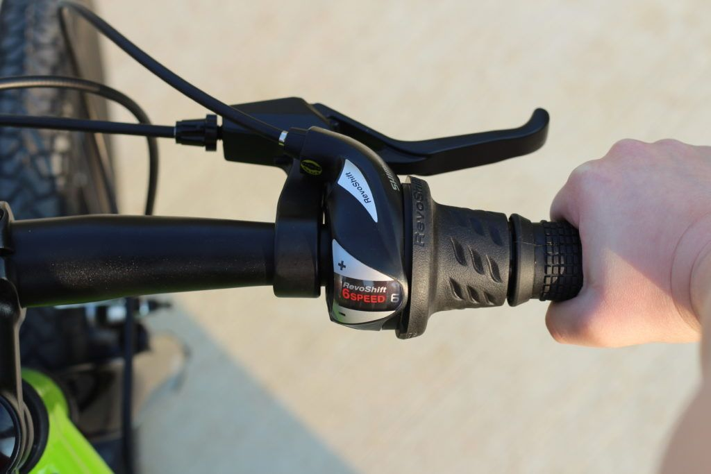 Shimano 6-speed Revo Shift grip shifter on the Raleigh Rowdy 20