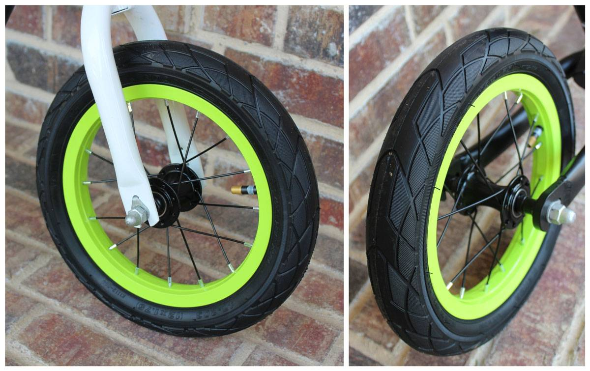 Air tires with colored rims on the RoyalBaby Pony balance bike