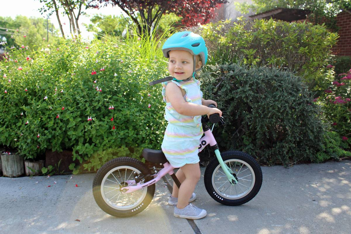 19-month-old girl riding pink Yedoo Too Too balance bike